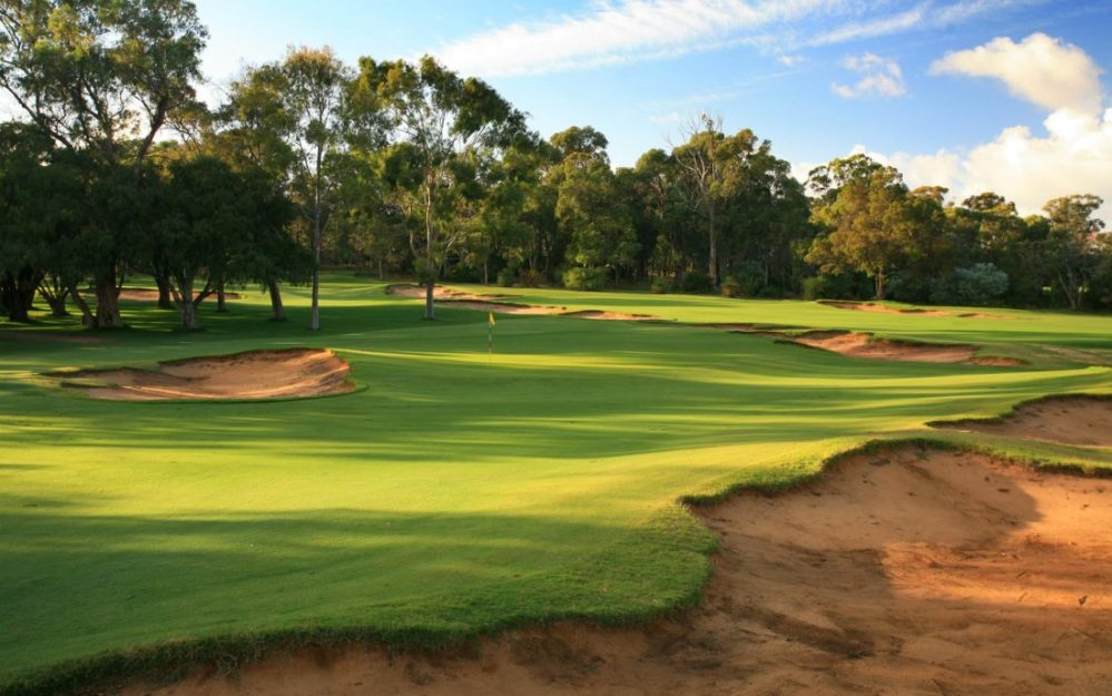 Lake-Karrinyup_02GreenBunkers_5834-1100x688